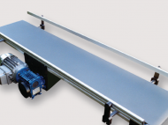 flat-belt-conveyor-40-with-central-drive-and-lateral-guides-elcom