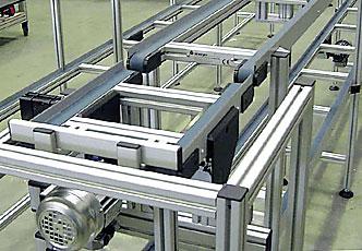 Doppelgurtfoerderer-Palettensystem-mit-Lift-332x230px